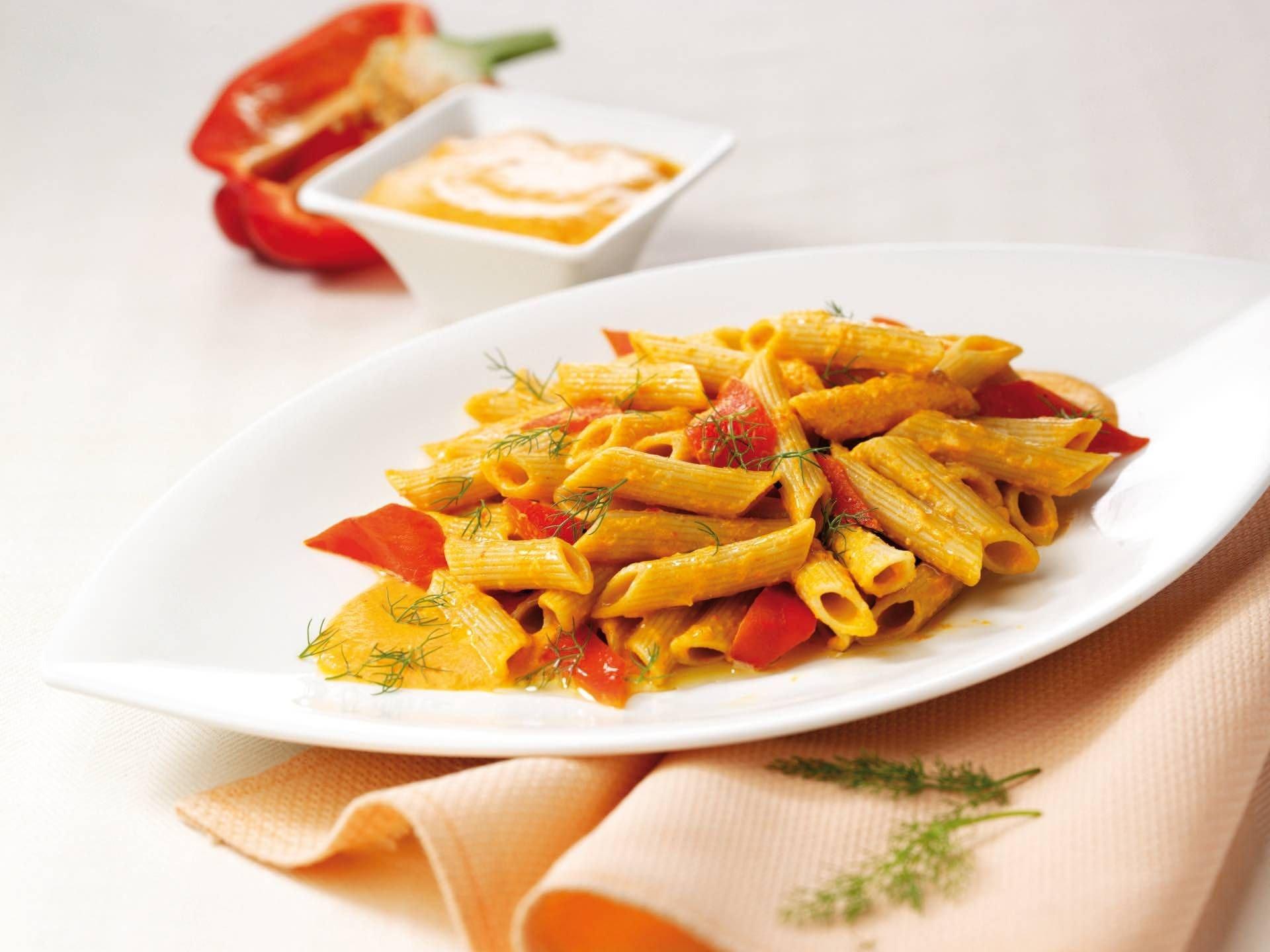 Penne integrali con fonduta di peperoni - Parmalat