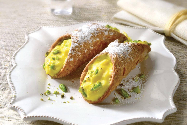 Cannoli con crema pasticcera e pistacchi - Parmalat