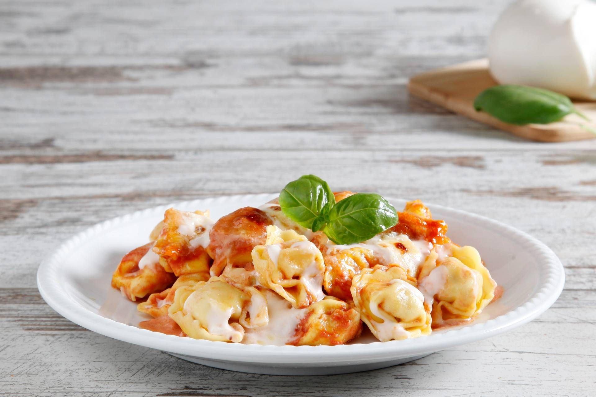 Tortellini al forno con mozzarella e pomodoro - Parmalat