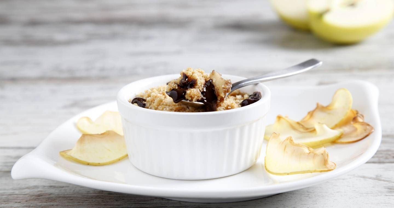 Crumble di mele con crema al cioccolato - Parmalat