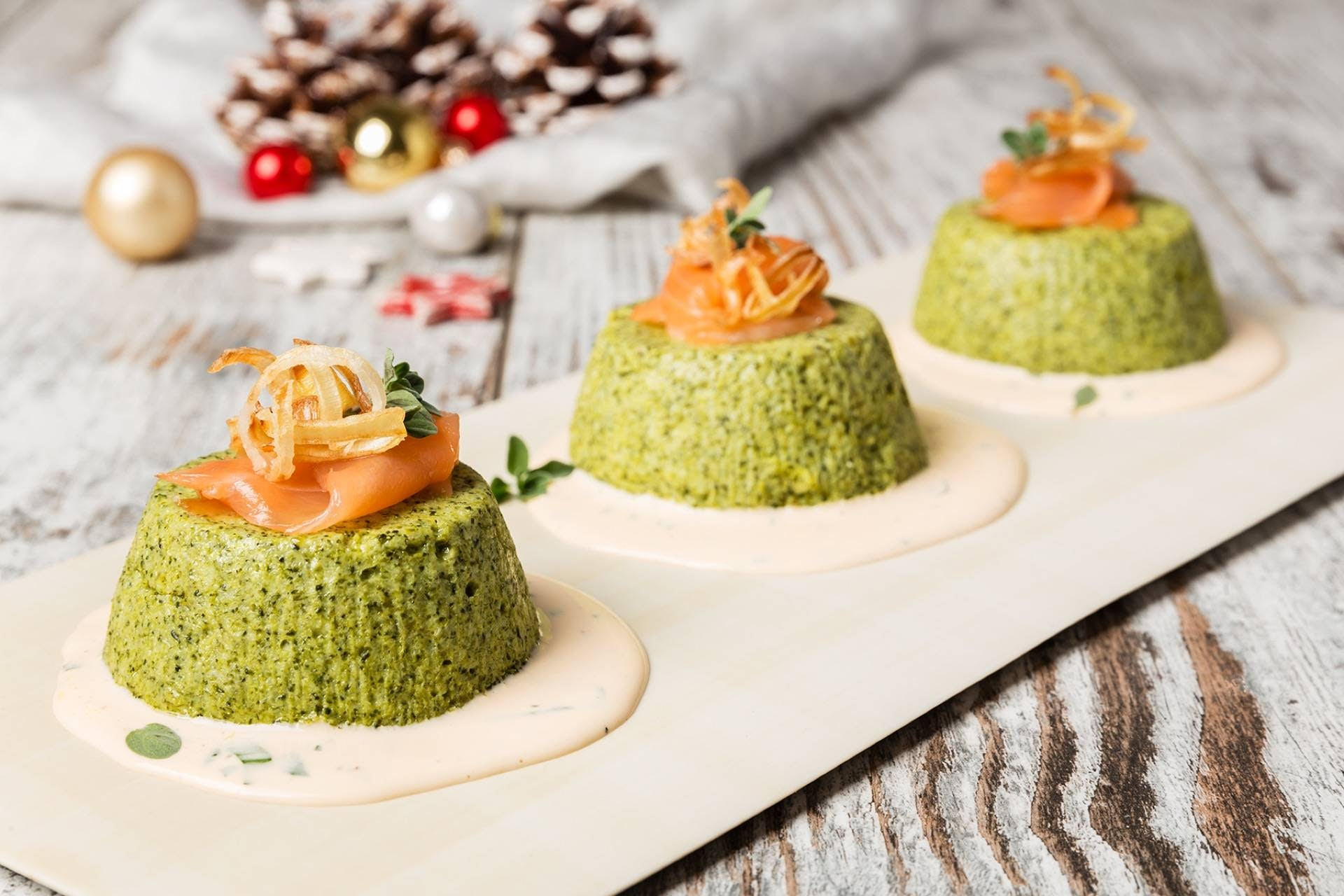 Flan di broccoli e porri croccanti con salmone affumicato - Parmalat