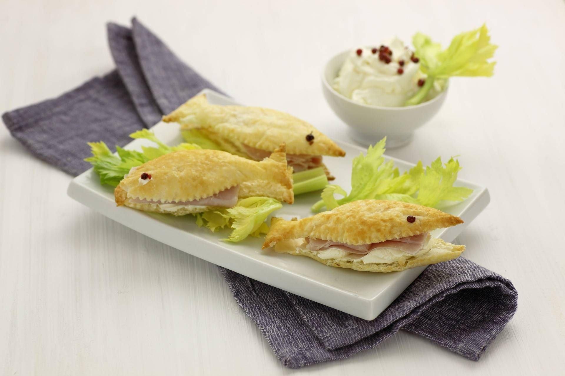 Pesciolini di sfoglia con crema al prosciutto - Parmalat