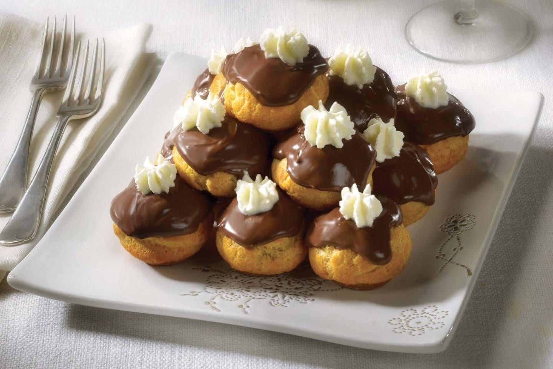 Profiteroles con crema Chiboust - Parmalat