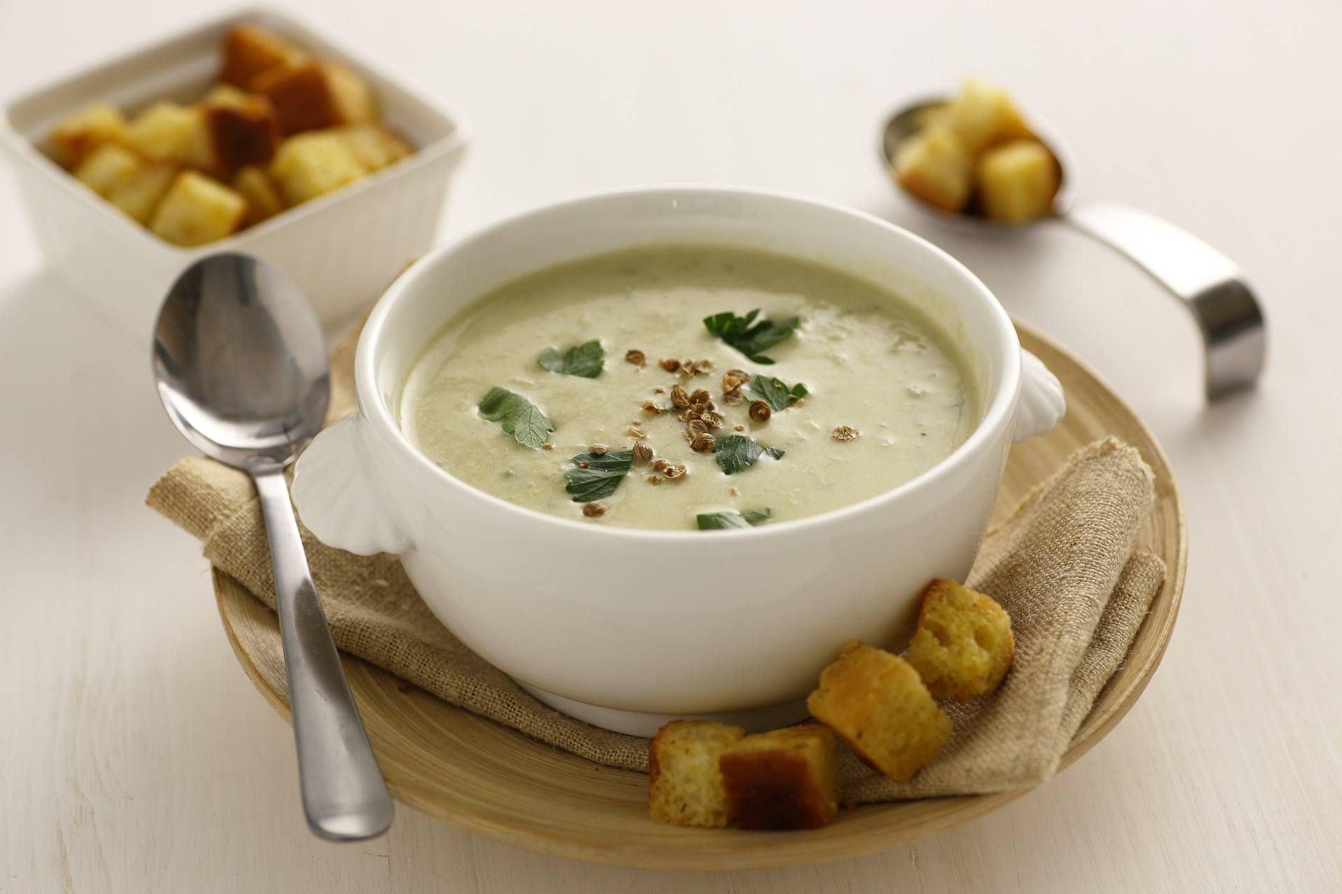 Vellutata di carciofi, porri e patate - Parmalat